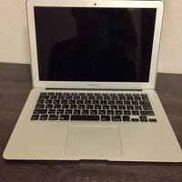 ノートPC Apple macbook air MD231J/A